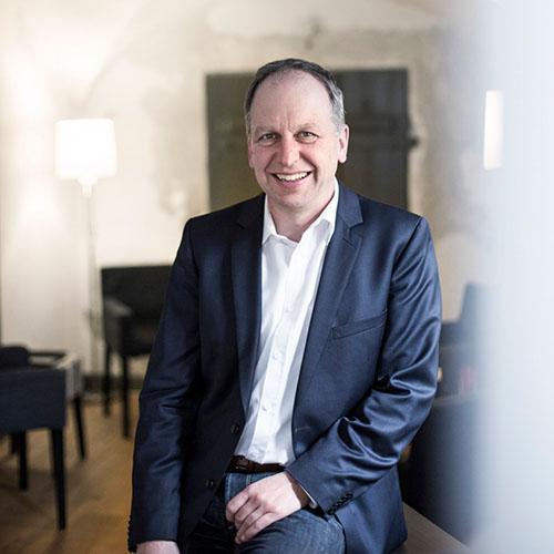 Dr. Andreas Grabenstein